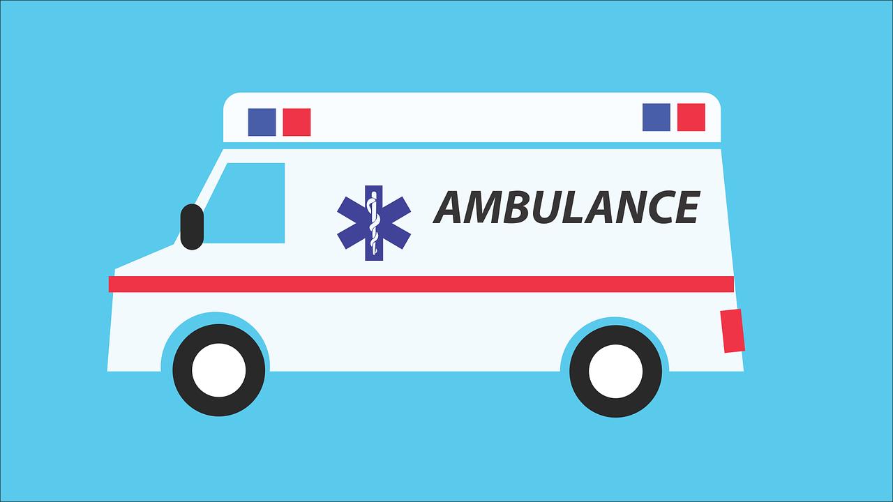 Une ambulance française sur fond bleu ciel